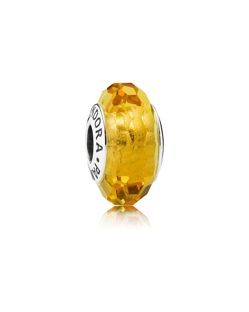charm pandora oro amarillo